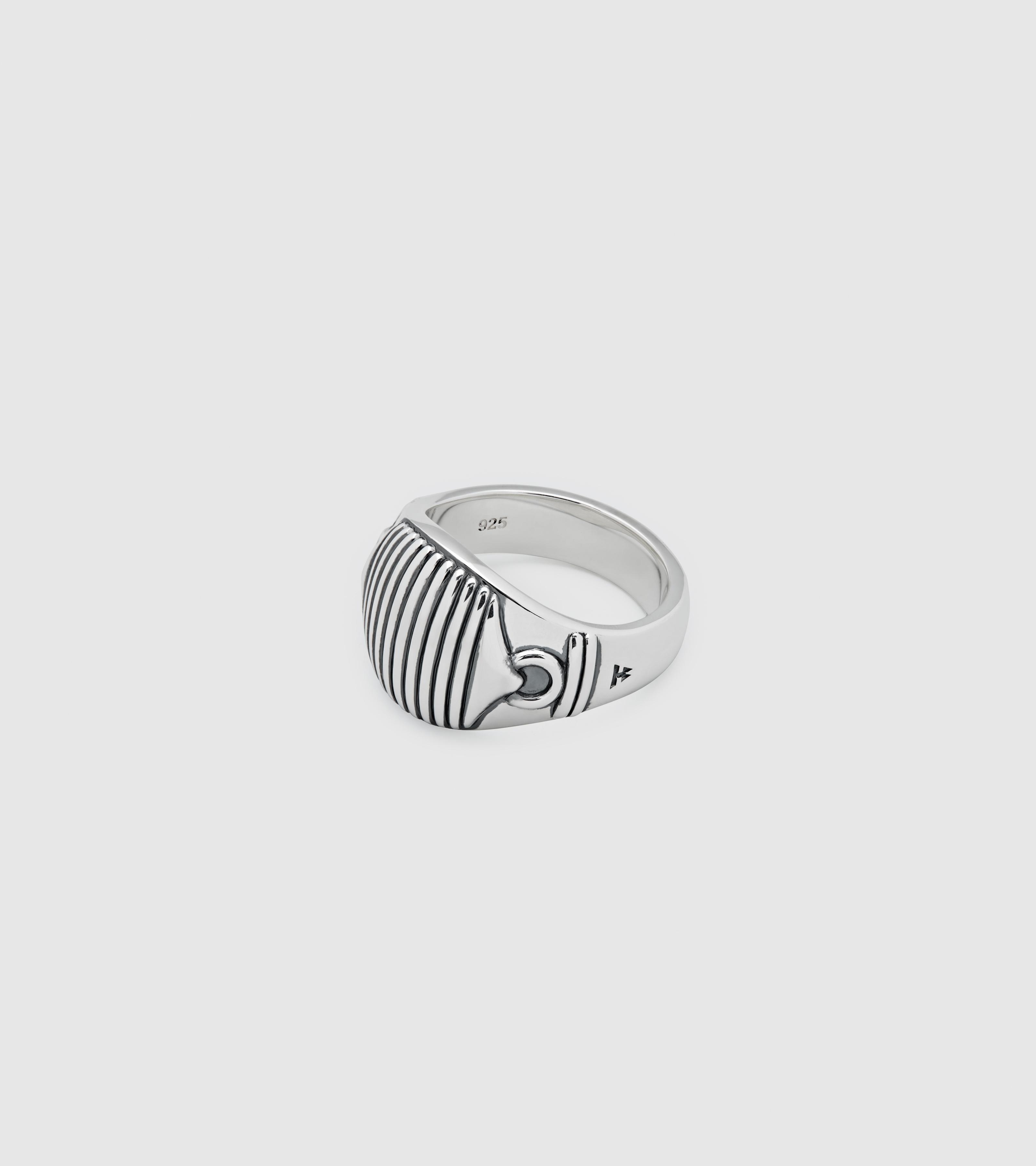 Link Signet Ring