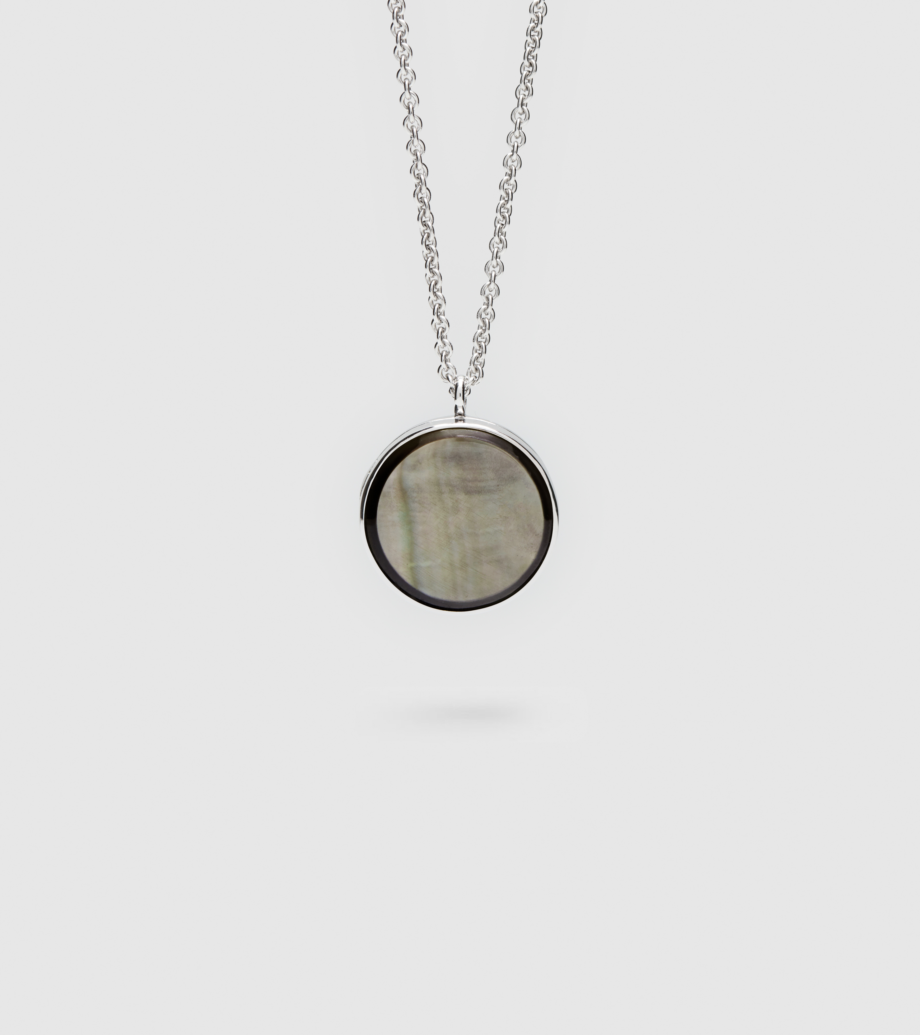 Medallion Black Mother of Pearl