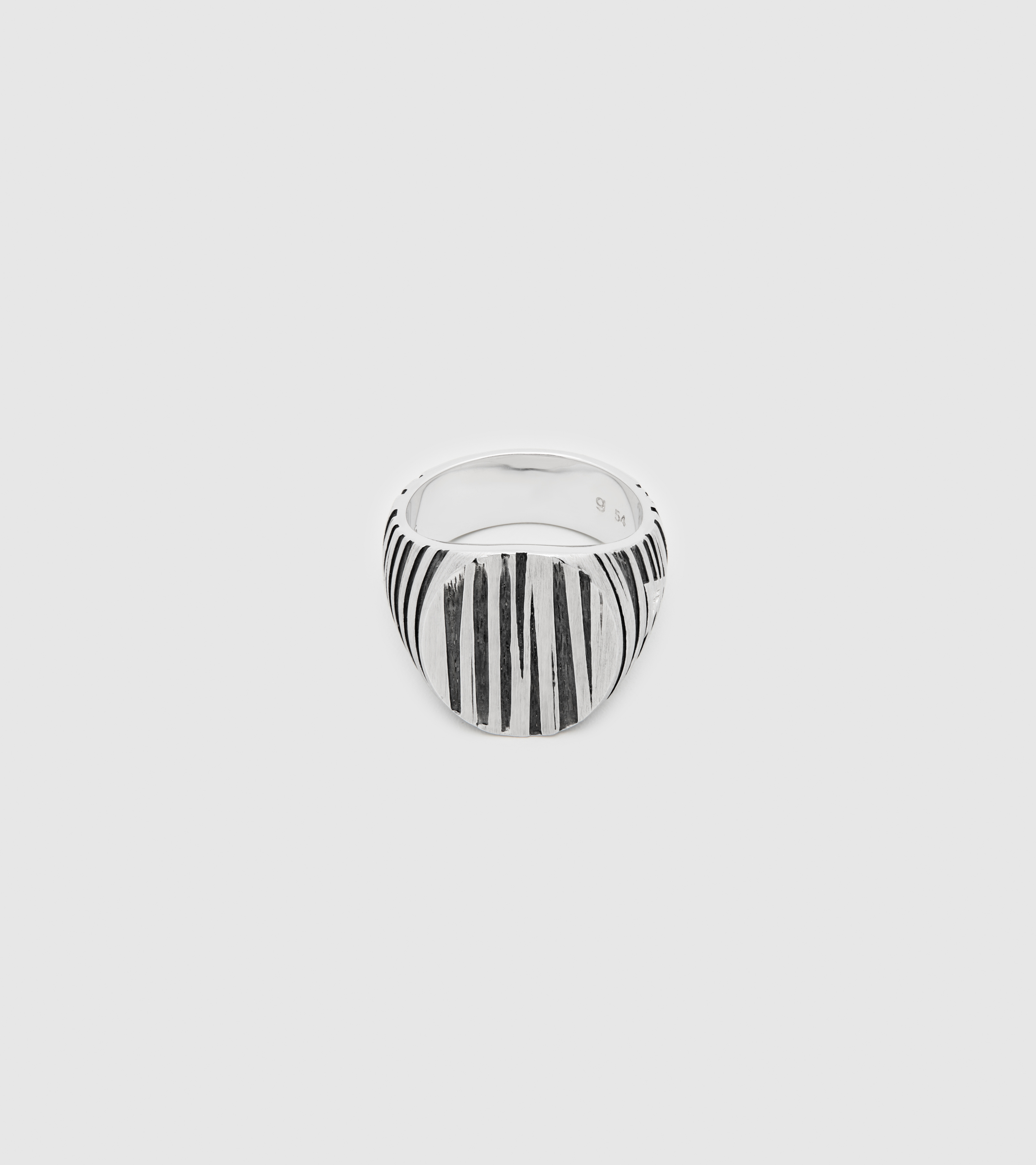 Oval Structure Black