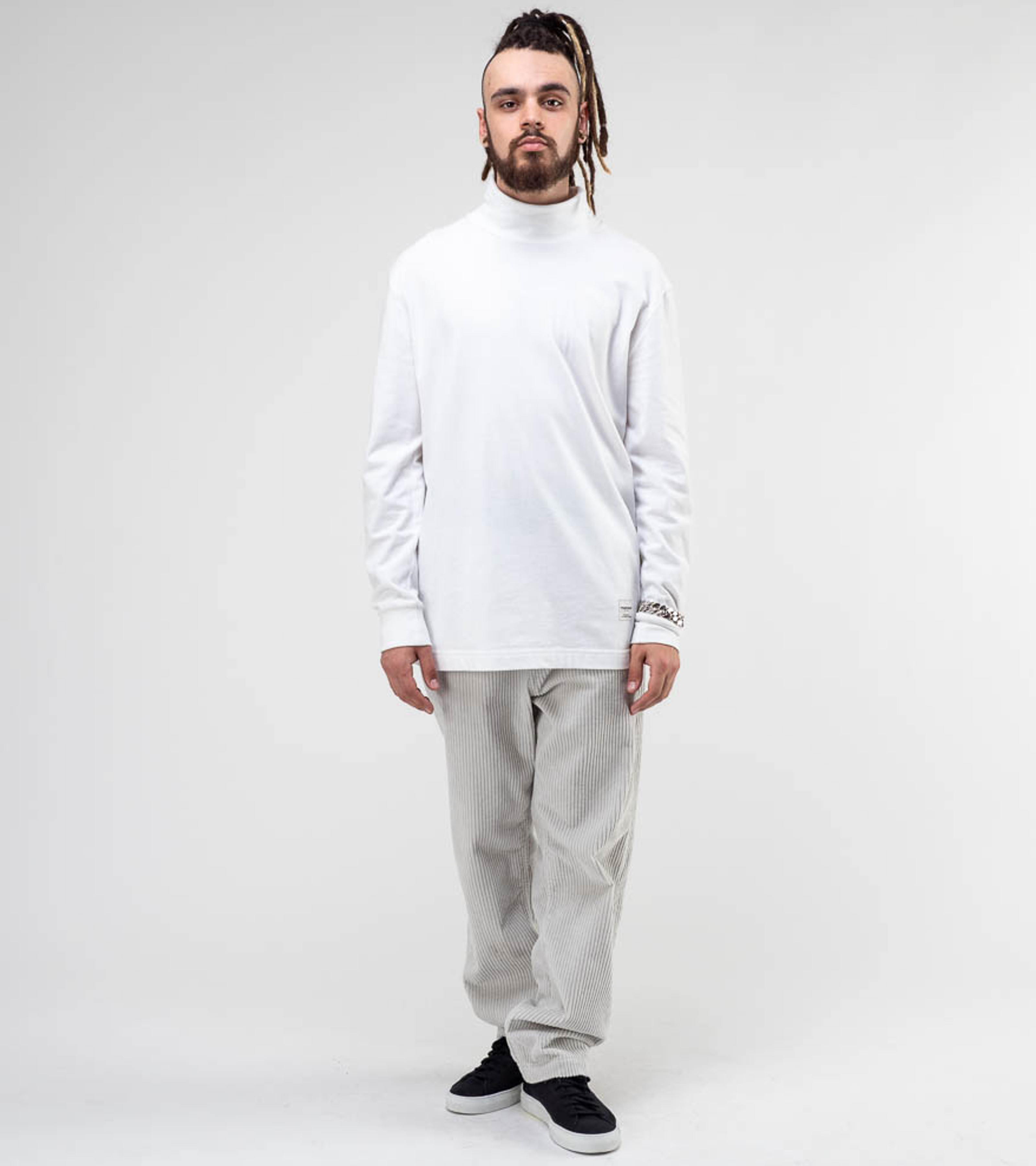 Longsleeved Comfy Turtle White