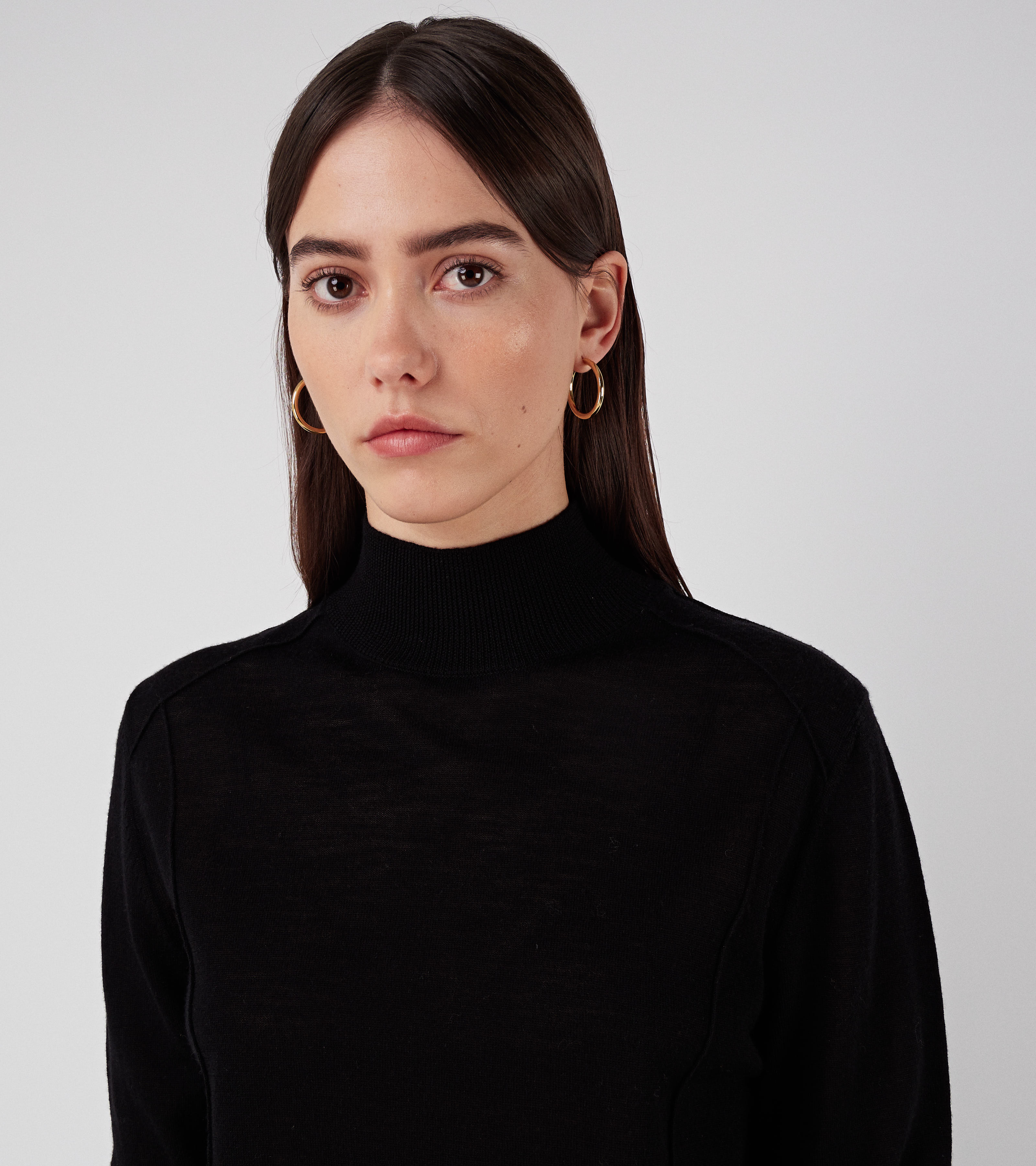 Nova Sweater Pitch Black