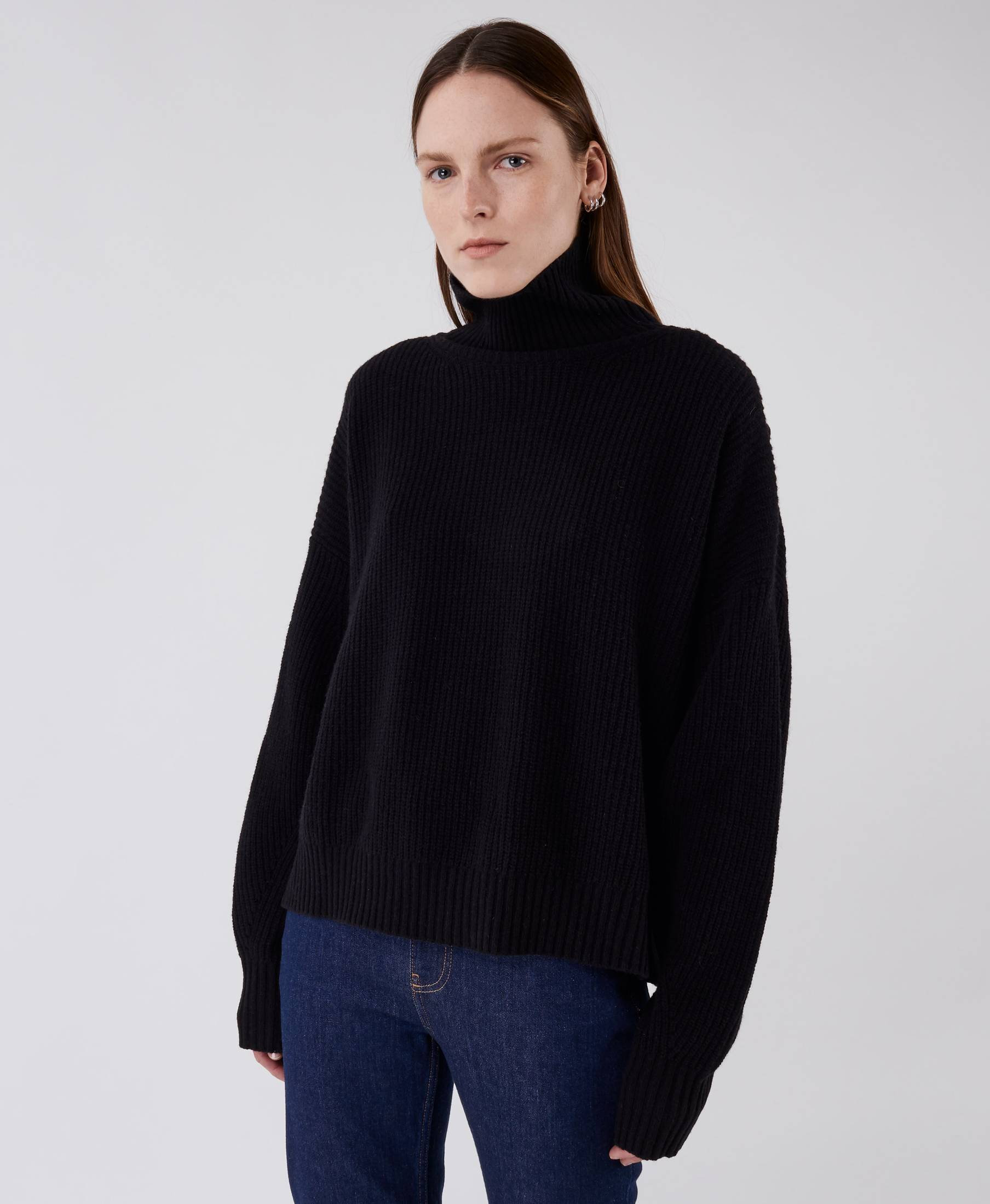 Kara Turtle Sweater Pistol Black
