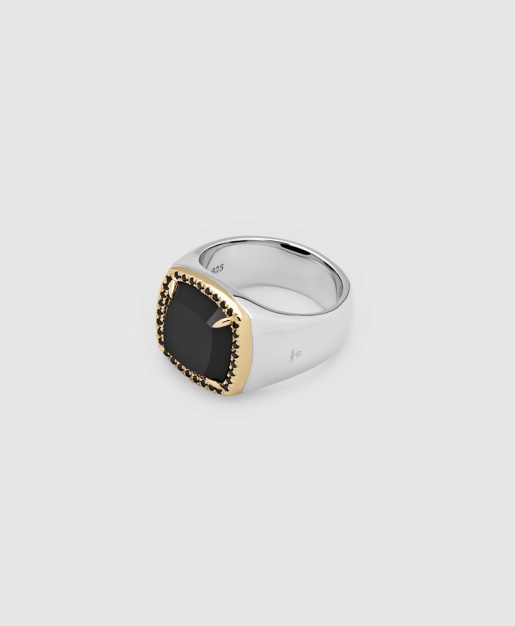 May Ring Black Onyx Diamond
