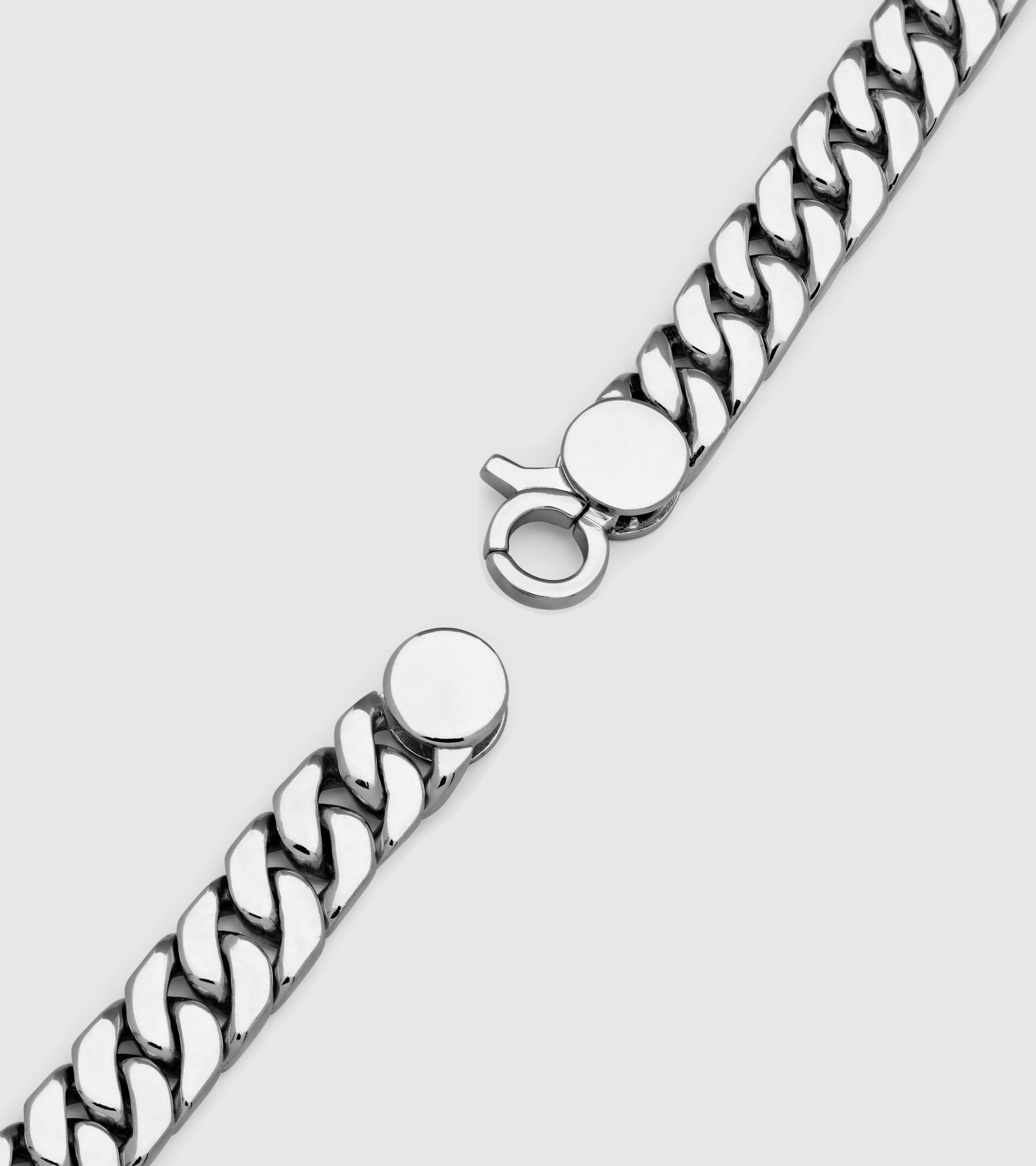 Curb Chain Seven