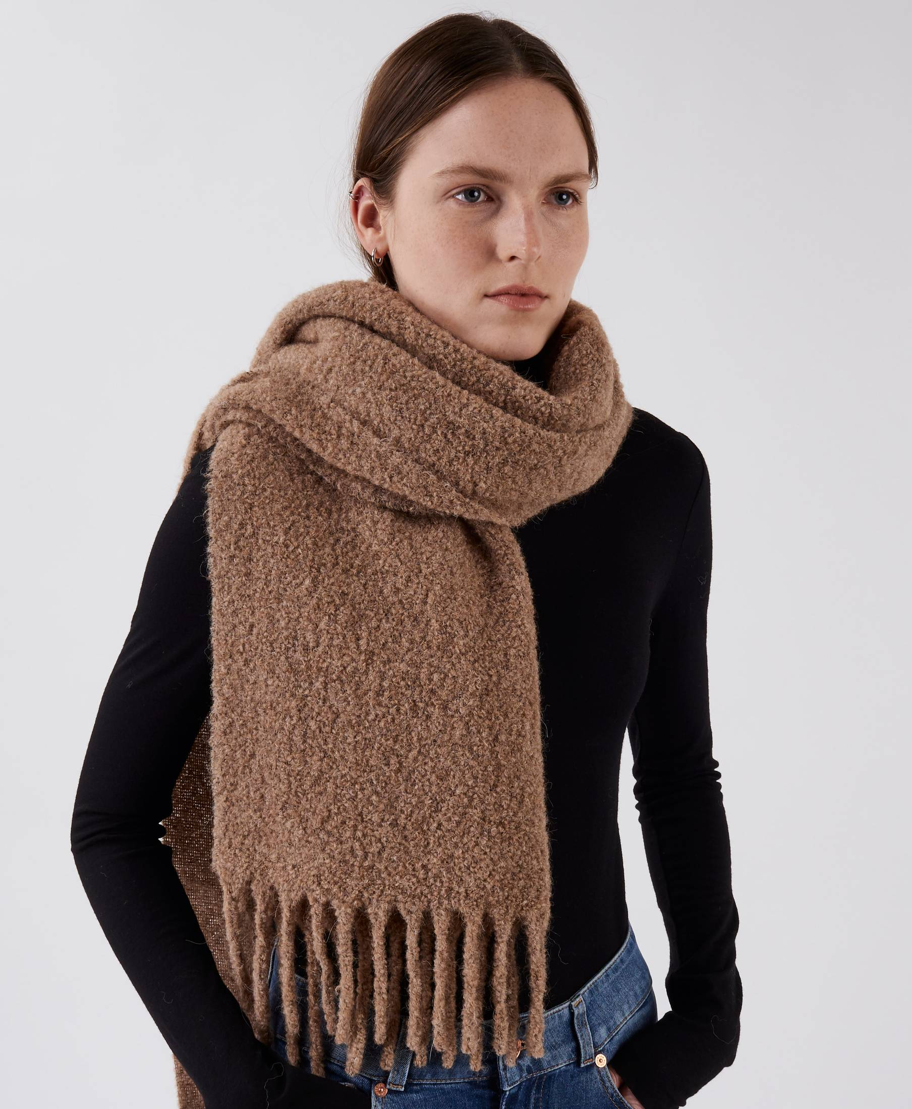 Boucle Scarf Cozy Camel