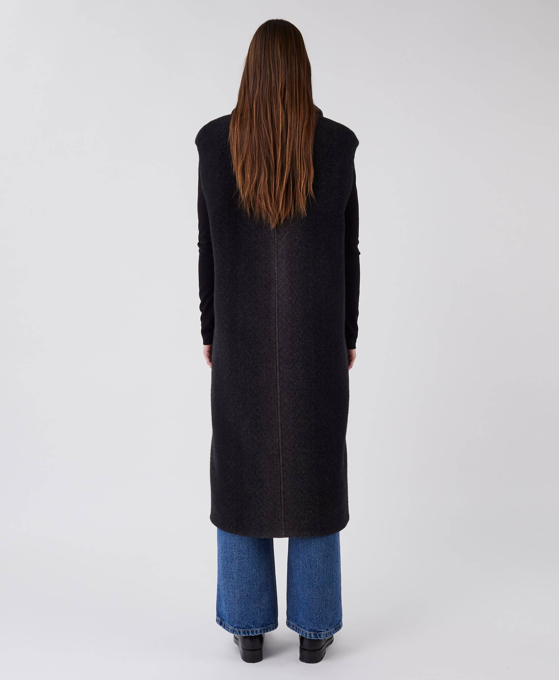 Infinity Vest Gradient Black