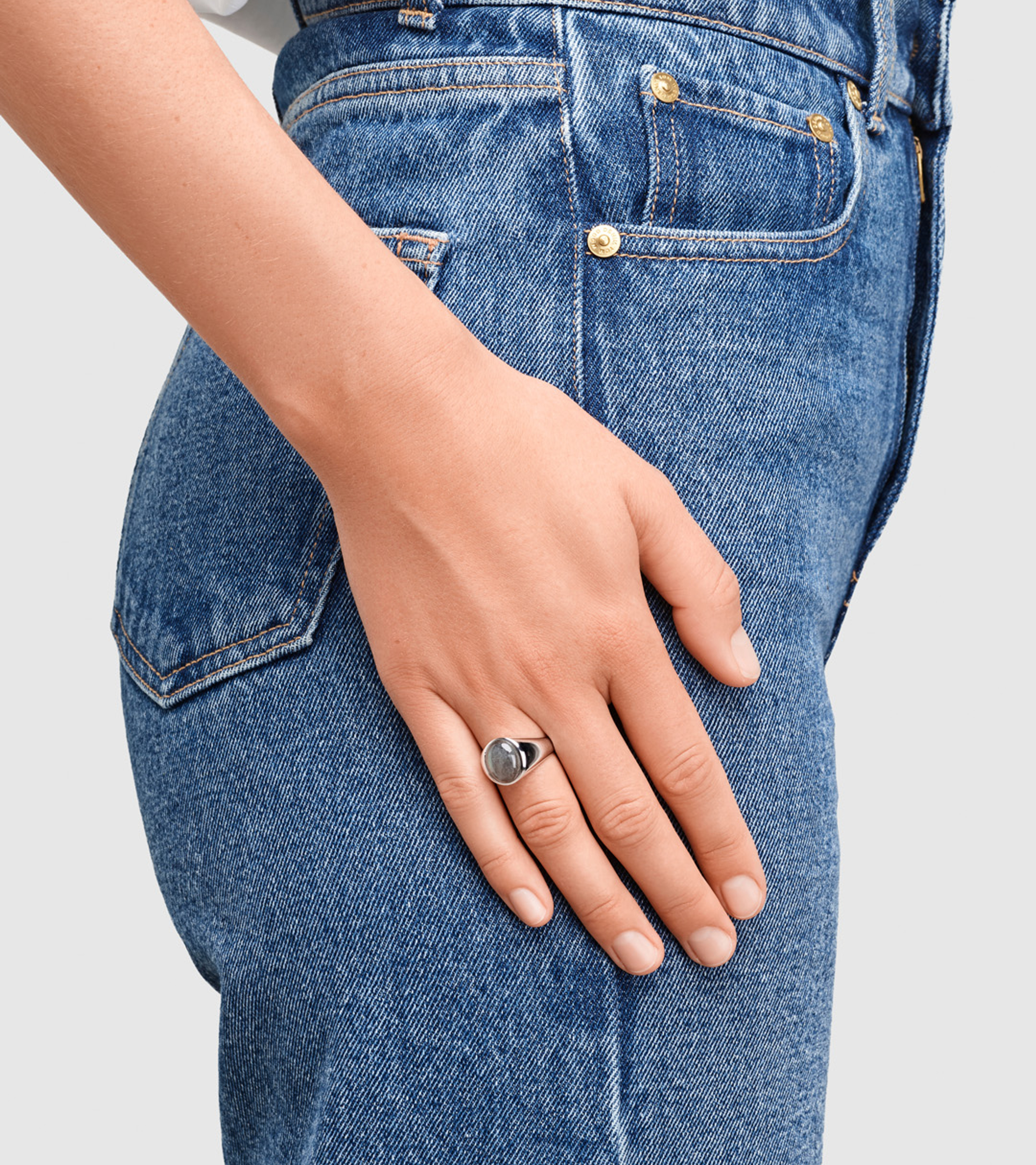 Dome Ring Grey Moonstone