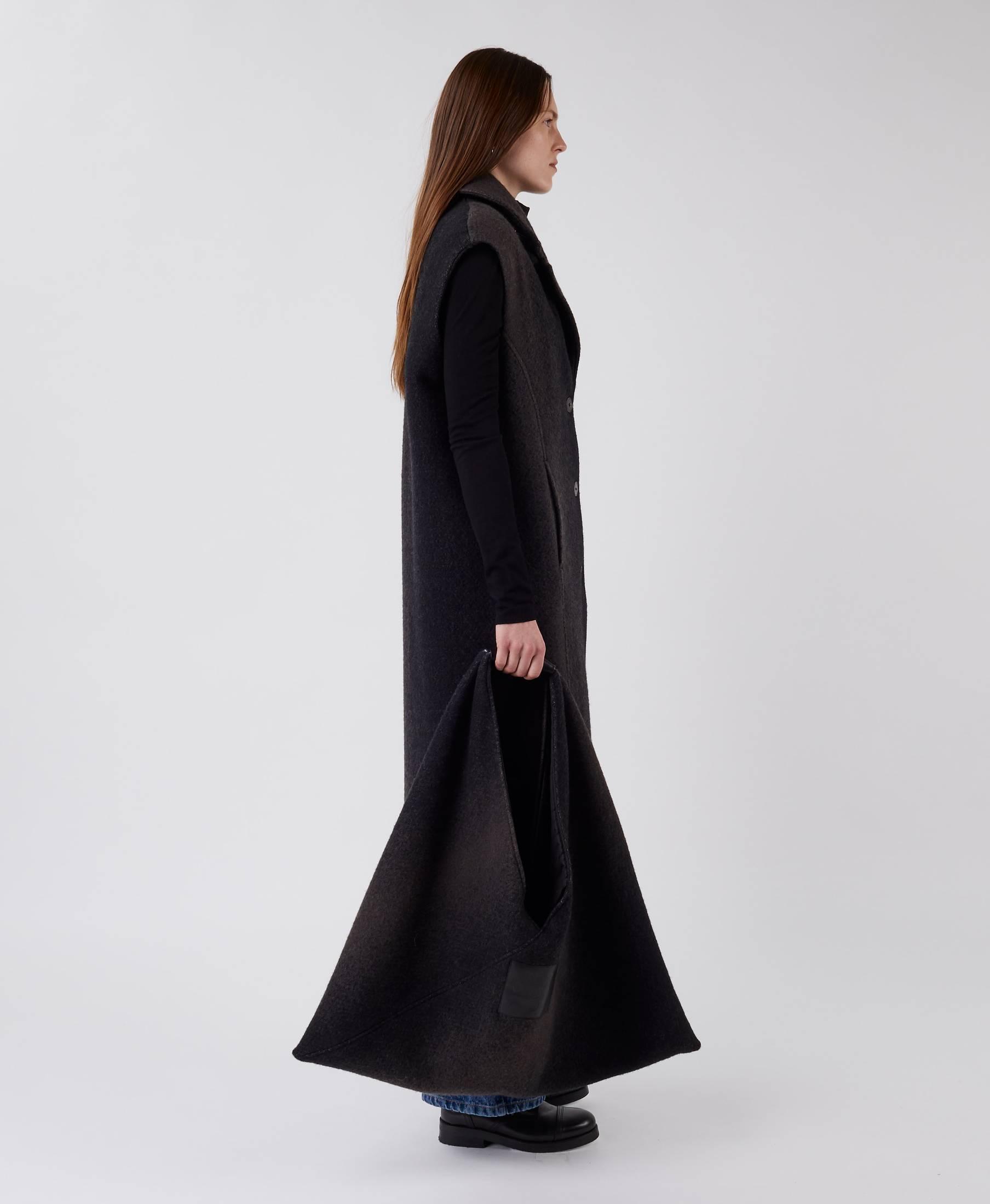 Triangle Bag Gradient Black