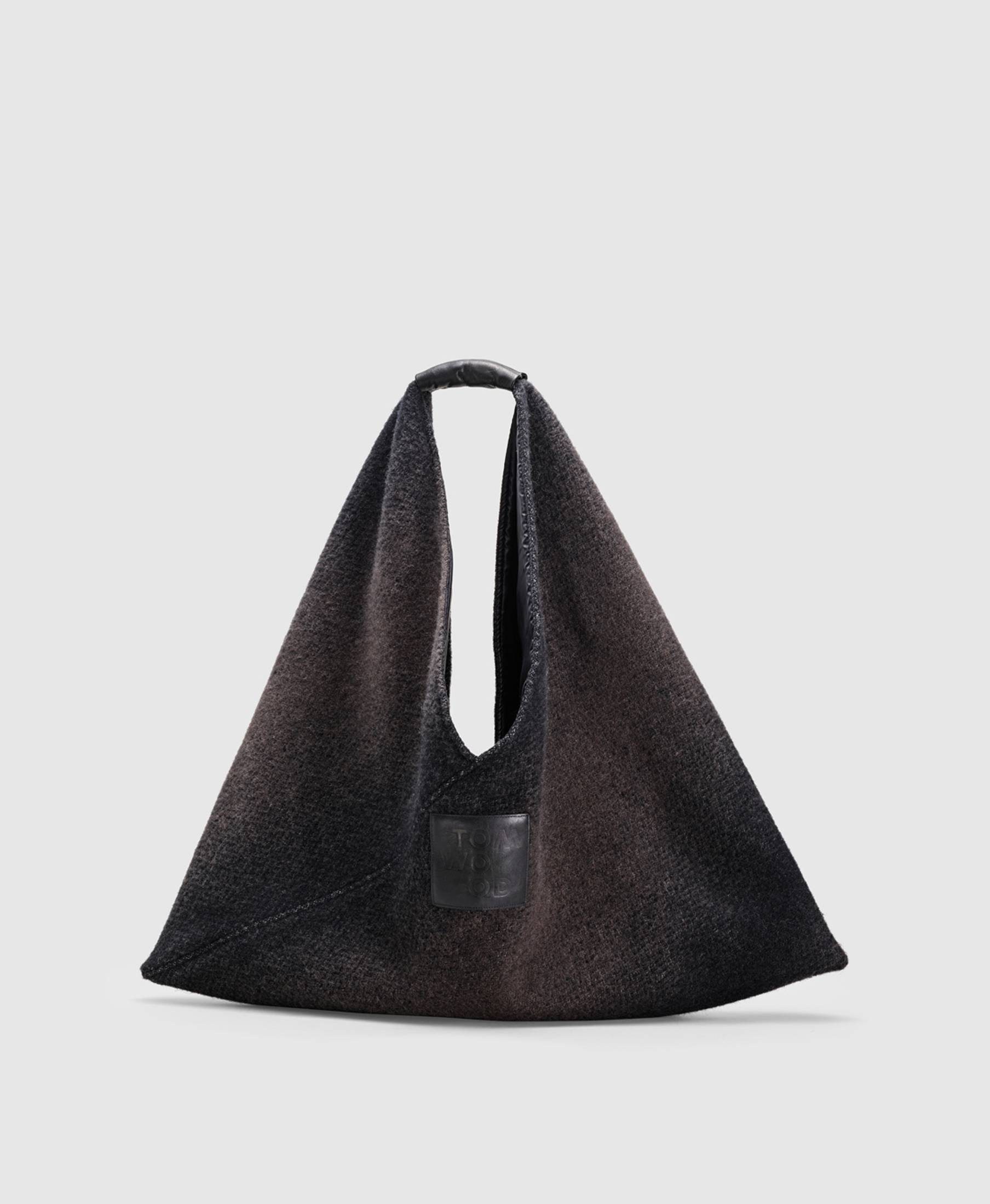 Triangle Bag Gradient Black