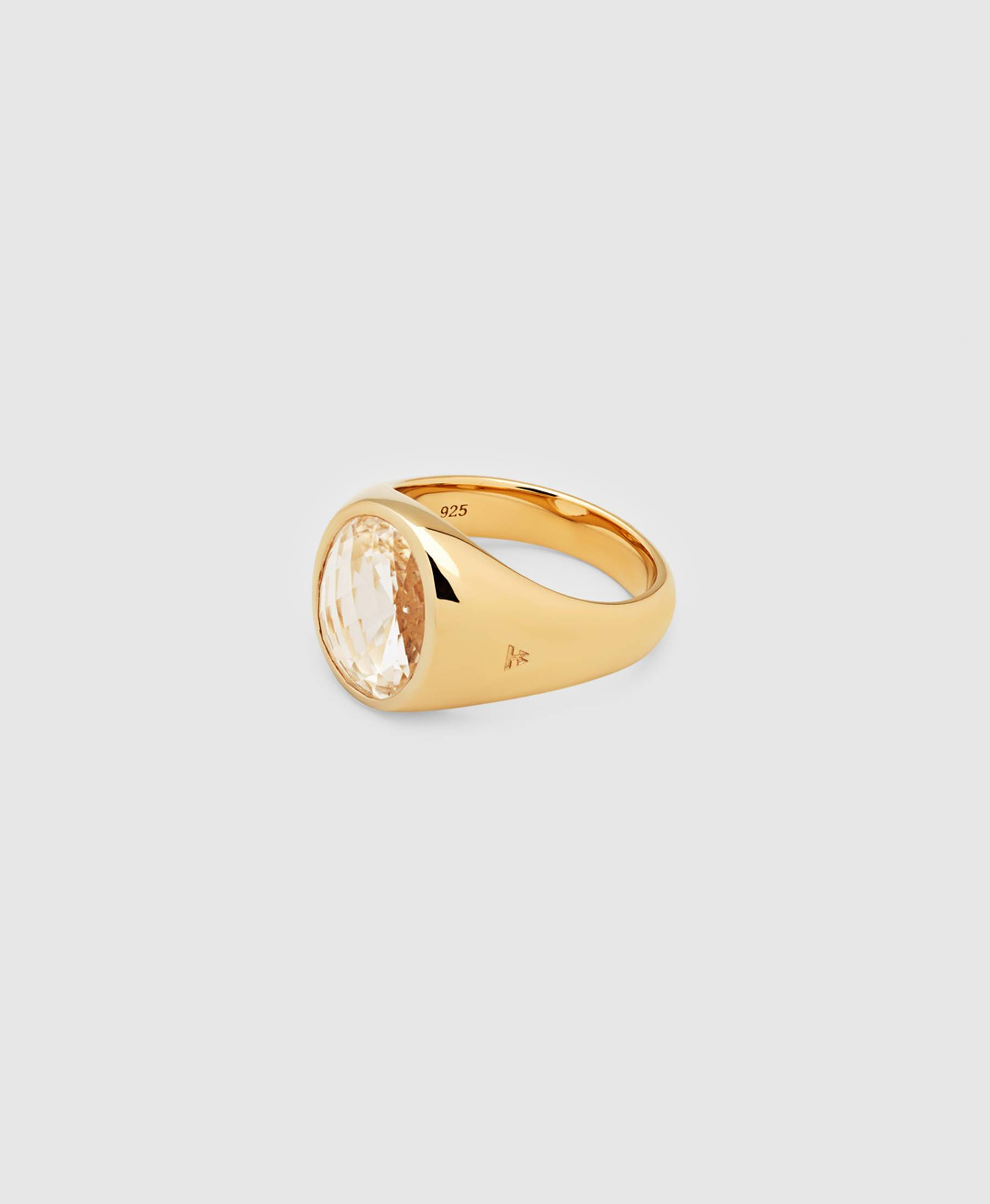 Dome Ring Rock Crystal Gold