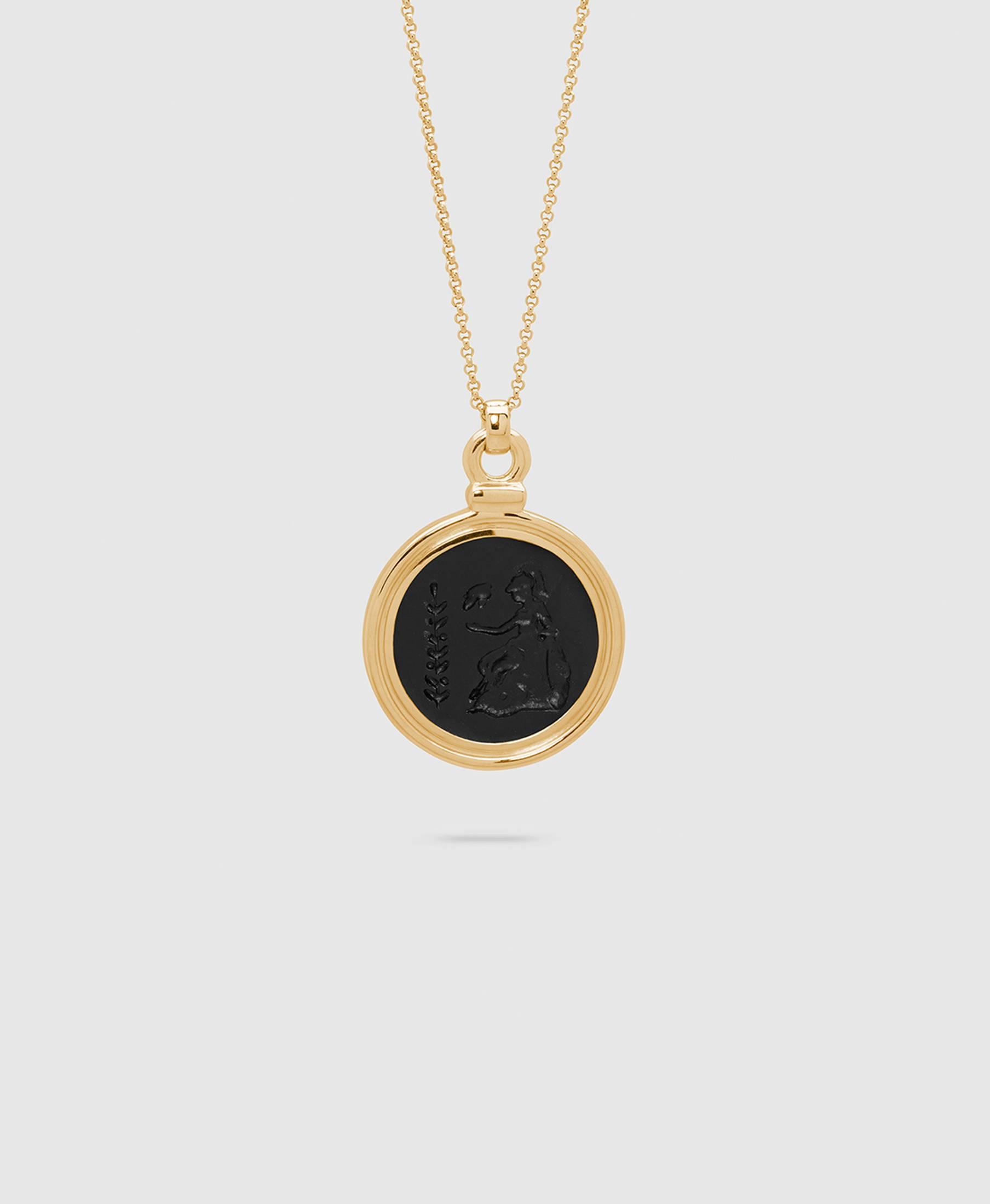 Athena Onyx Pendant L Gold