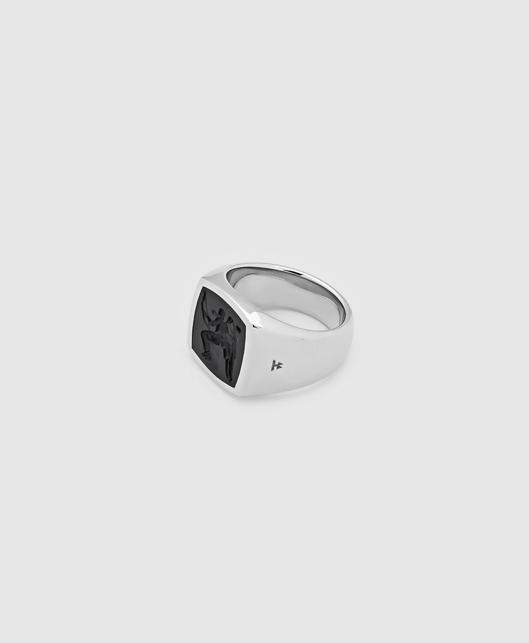Cushion Eros Onyx Ring