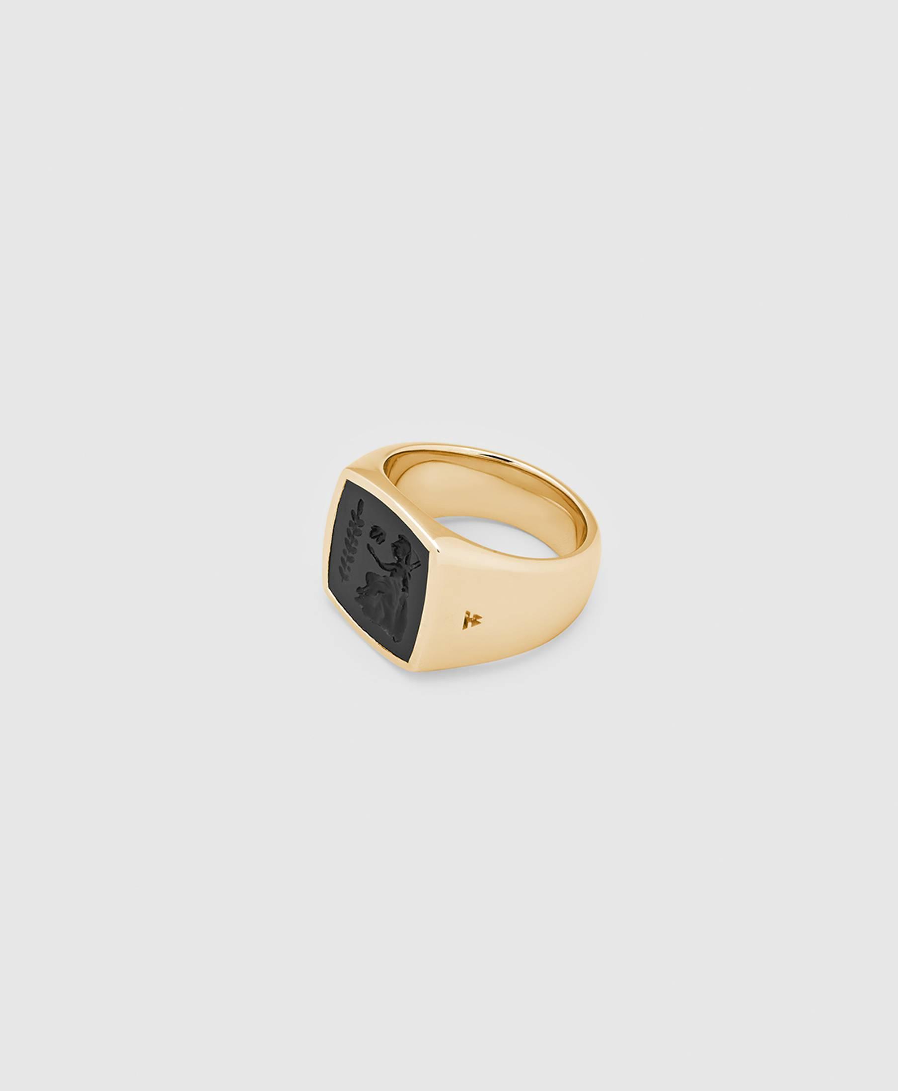 Cushion Athena Onyx Ring Gold